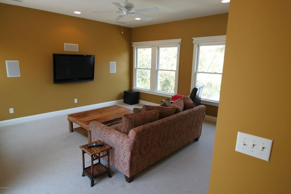 BHI Middle Island Real Estate - http://cdn.resize.sparkplatform.com/ncr/1024x768/true/20170323162903013282000000-o.jpg
