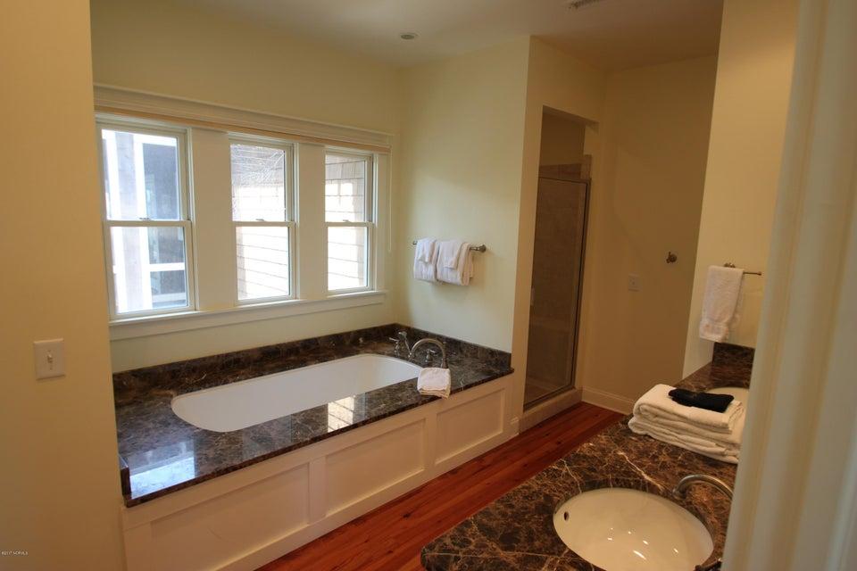 BHI Middle Island Real Estate - http://cdn.resize.sparkplatform.com/ncr/1024x768/true/20170323163305124158000000-o.jpg