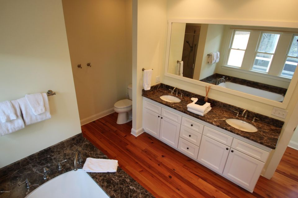 BHI Middle Island Real Estate - http://cdn.resize.sparkplatform.com/ncr/1024x768/true/20170323163352573906000000-o.jpg