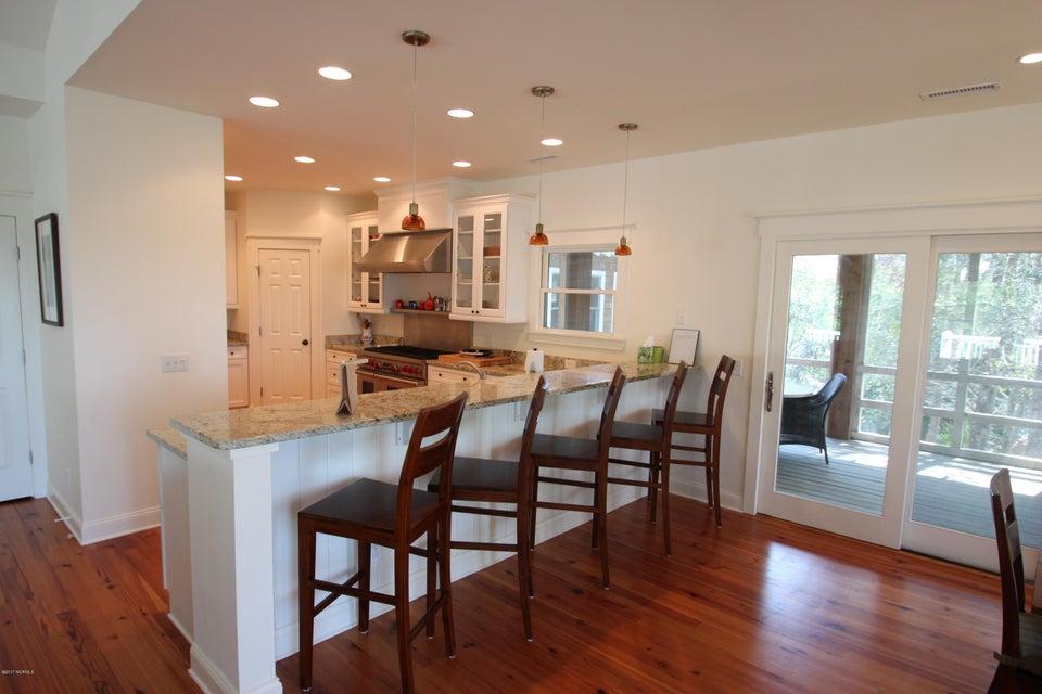 BHI Middle Island Real Estate - http://cdn.resize.sparkplatform.com/ncr/1024x768/true/20170323164016322981000000-o.jpg