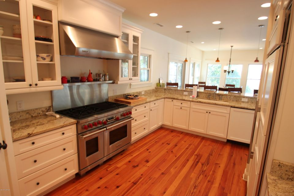 BHI Middle Island Real Estate - http://cdn.resize.sparkplatform.com/ncr/1024x768/true/20170323164149403690000000-o.jpg