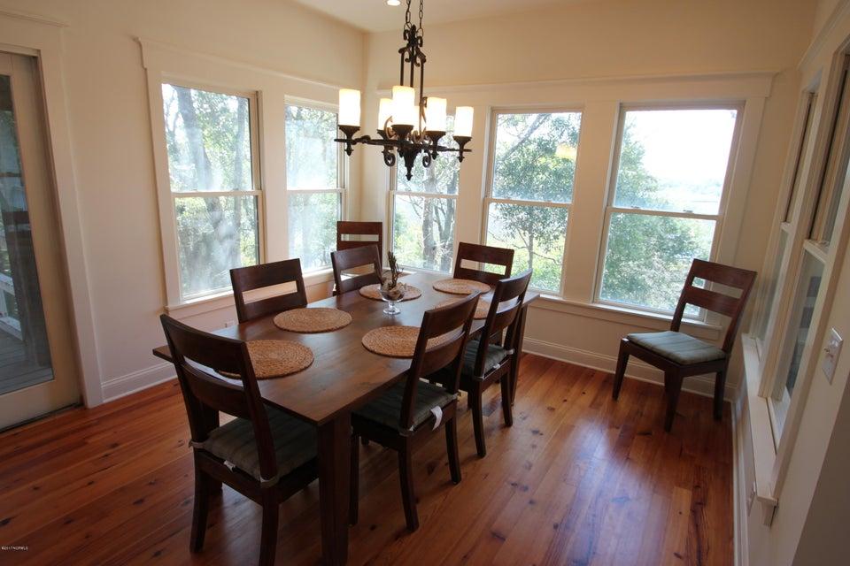 BHI Middle Island Real Estate - http://cdn.resize.sparkplatform.com/ncr/1024x768/true/20170323165140871742000000-o.jpg