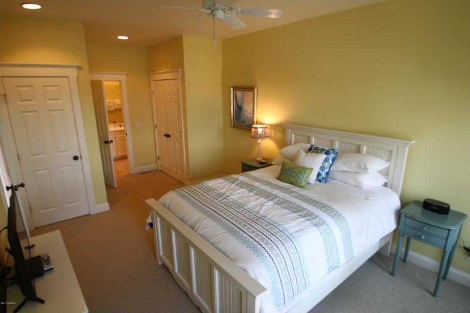 BHI Middle Island Real Estate - http://cdn.resize.sparkplatform.com/ncr/1024x768/true/20170323165915372432000000-o.jpg