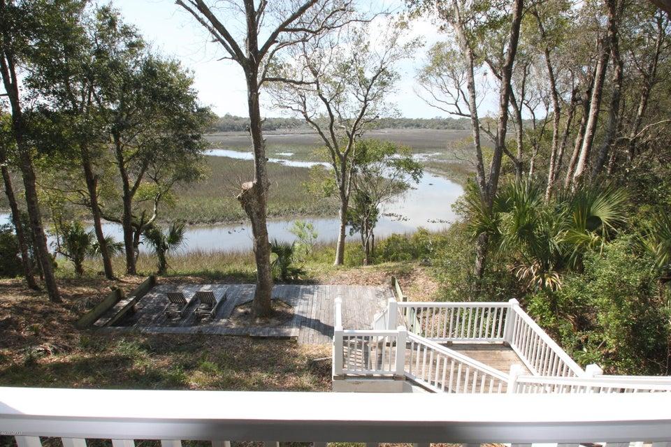 BHI Middle Island Real Estate - http://cdn.resize.sparkplatform.com/ncr/1024x768/true/20170323170126464417000000-o.jpg