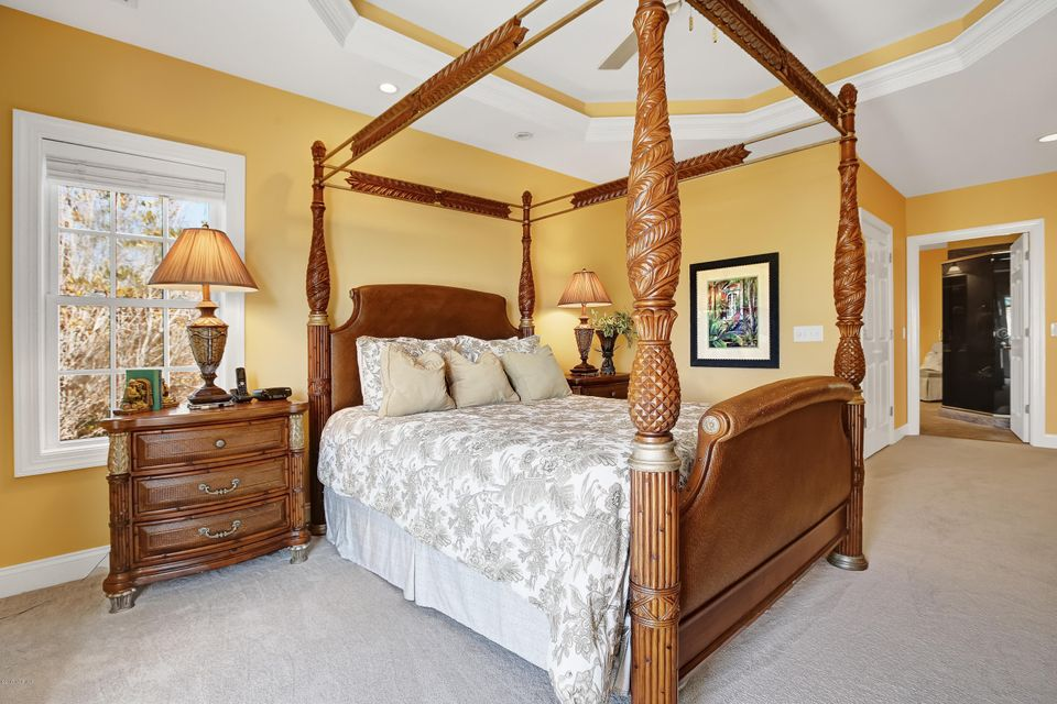 Turtle Creek Real Estate - http://cdn.resize.sparkplatform.com/ncr/1024x768/true/20170324021941531560000000-o.jpg