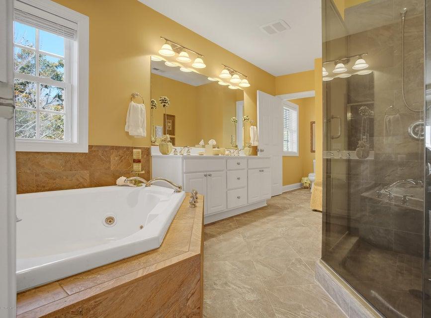 Turtle Creek Real Estate - http://cdn.resize.sparkplatform.com/ncr/1024x768/true/20170324022045241591000000-o.jpg