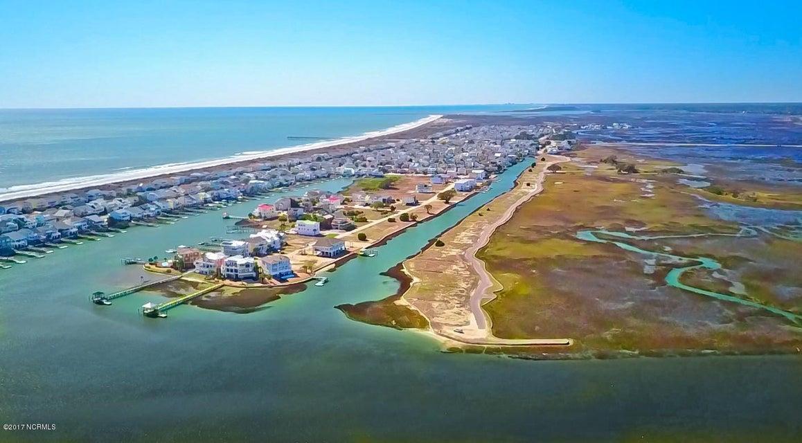 Sunset Beach Real Estate - http://cdn.resize.sparkplatform.com/ncr/1024x768/true/20170324211225609378000000-o.jpg
