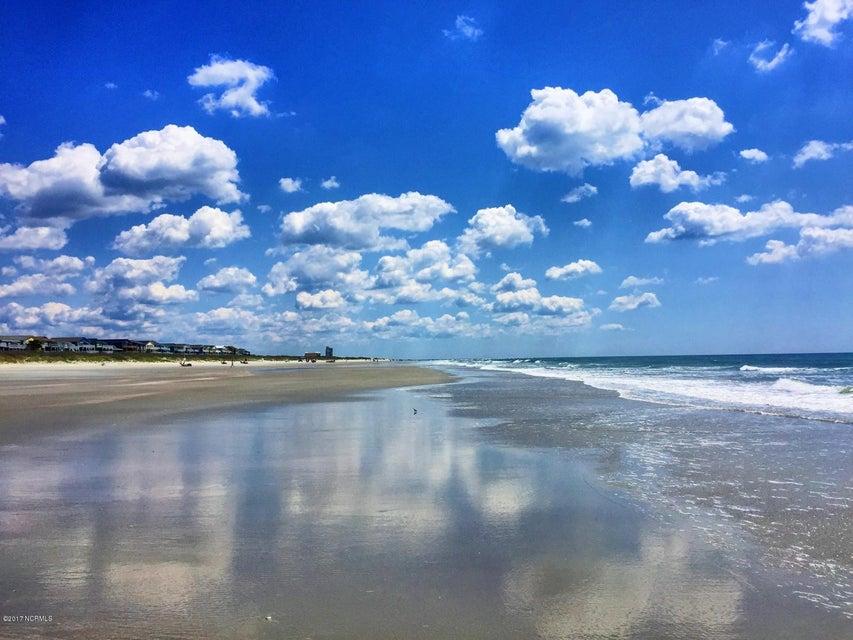 Sunset Beach Real Estate - http://cdn.resize.sparkplatform.com/ncr/1024x768/true/20170324213226993907000000-o.jpg