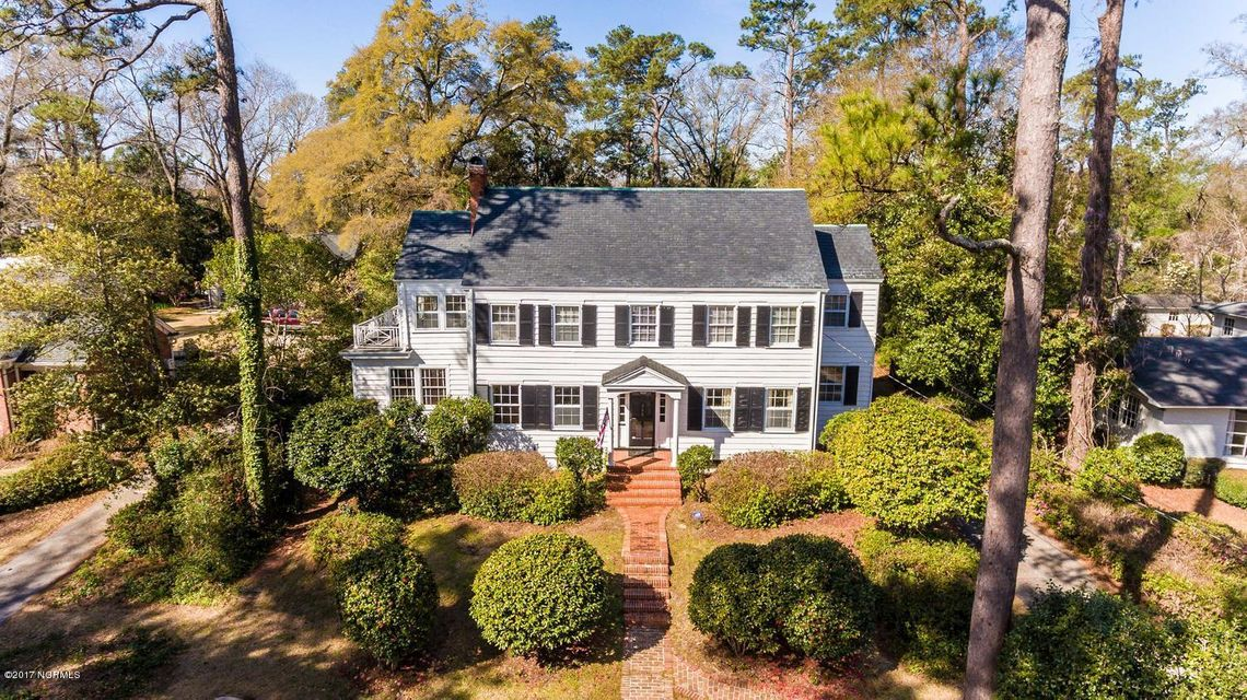 206 Forest Hills Drive, Wilmington, NC 28403