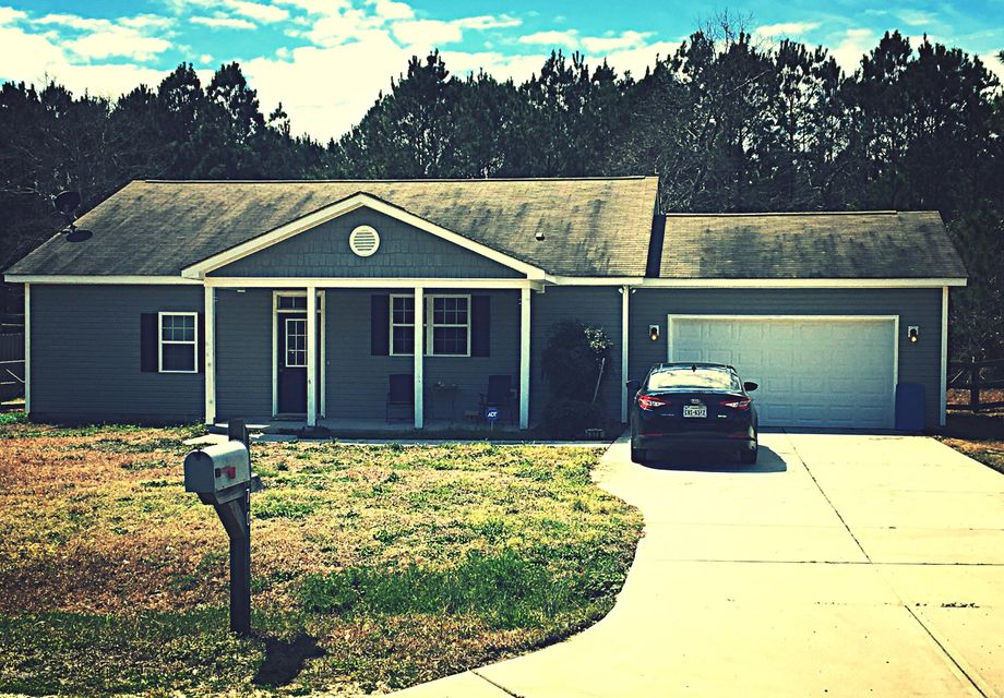 370 Chadwick Acres Road, Sneads Ferry, NC 28460