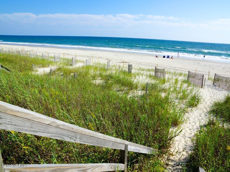 Robinson Beach Real Estate - http://cdn.resize.sparkplatform.com/ncr/1024x768/true/20170327182339731968000000-o.jpg