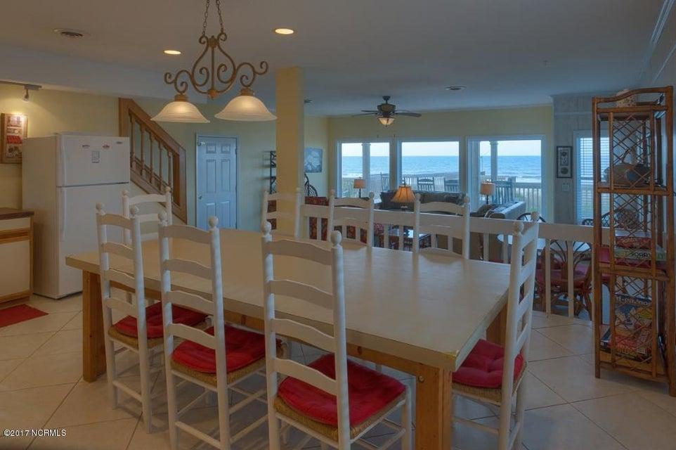 Robinson Beach Real Estate - http://cdn.resize.sparkplatform.com/ncr/1024x768/true/20170327182359040376000000-o.jpg