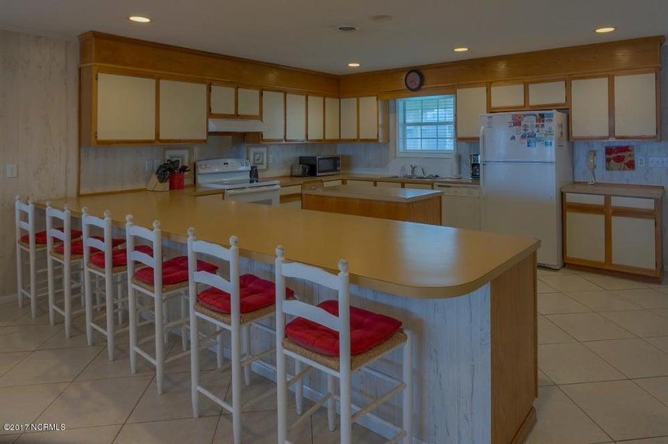 Robinson Beach Real Estate - http://cdn.resize.sparkplatform.com/ncr/1024x768/true/20170327182404016452000000-o.jpg