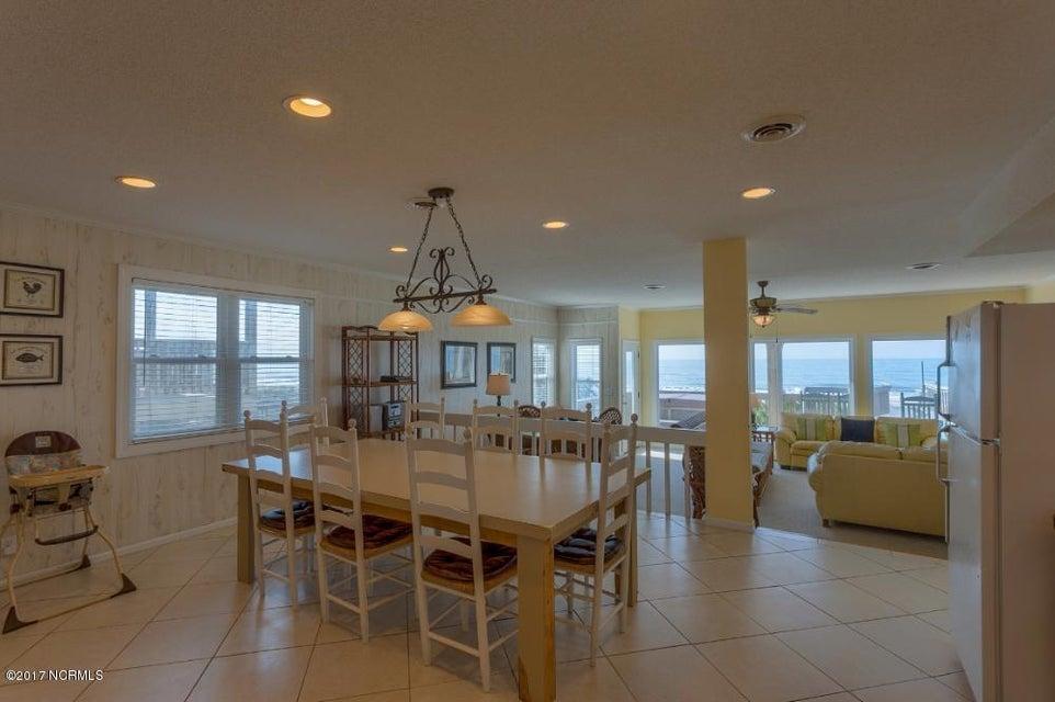 Robinson Beach Real Estate - http://cdn.resize.sparkplatform.com/ncr/1024x768/true/20170327182422475026000000-o.jpg