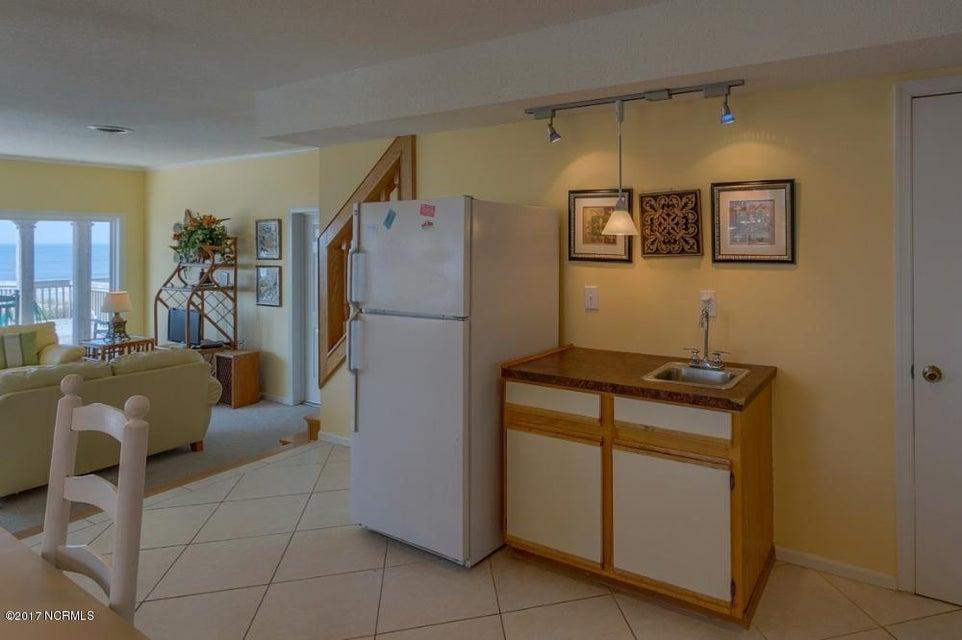 Robinson Beach Real Estate - http://cdn.resize.sparkplatform.com/ncr/1024x768/true/20170327182426709678000000-o.jpg