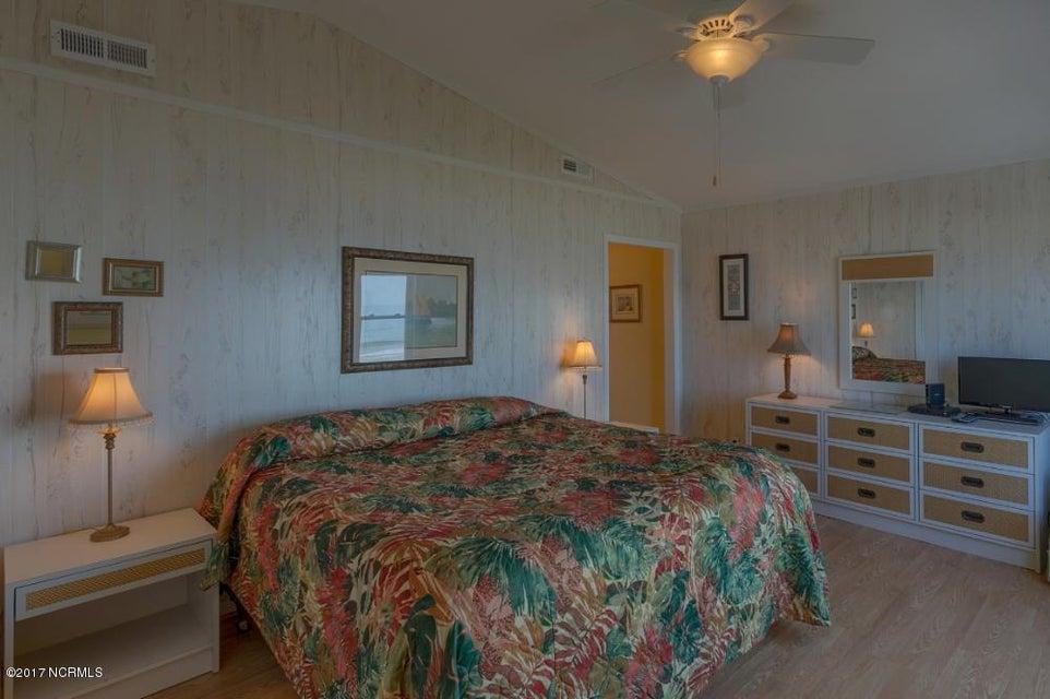 Robinson Beach Real Estate - http://cdn.resize.sparkplatform.com/ncr/1024x768/true/20170327182428712245000000-o.jpg