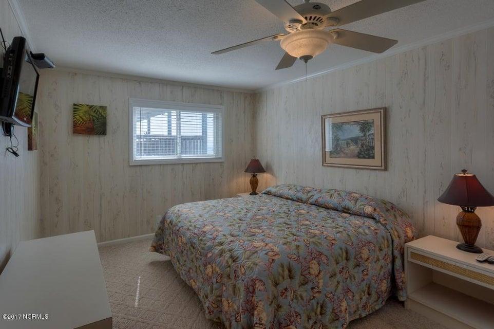 Robinson Beach Real Estate - http://cdn.resize.sparkplatform.com/ncr/1024x768/true/20170327182434001313000000-o.jpg