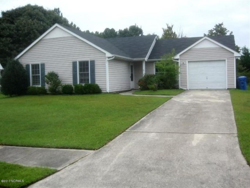105 Caswell Court, Jacksonville, NC 28546