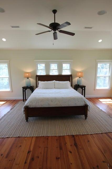 BHI Middle Island Real Estate - http://cdn.resize.sparkplatform.com/ncr/1024x768/true/20170330172223531261000000-o.jpg
