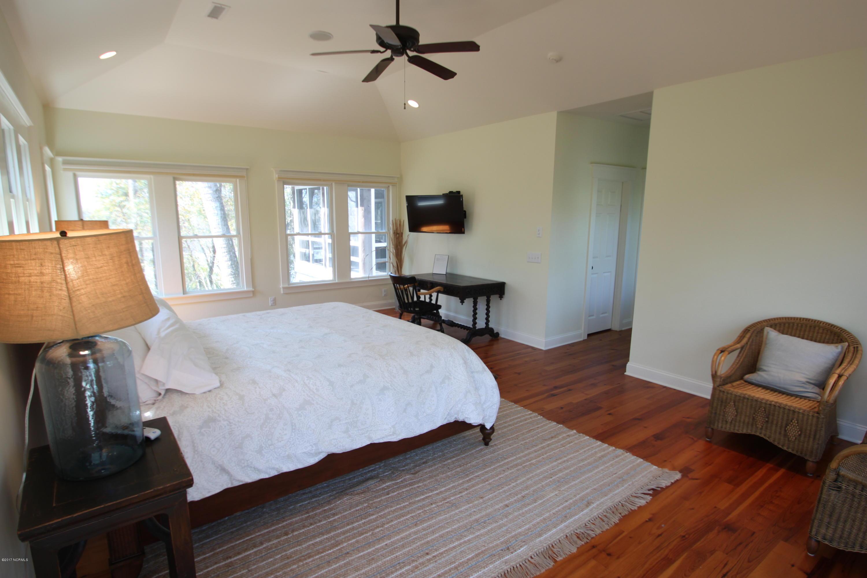 BHI Middle Island Real Estate - http://cdn.resize.sparkplatform.com/ncr/1024x768/true/20170330172229683555000000-o.jpg