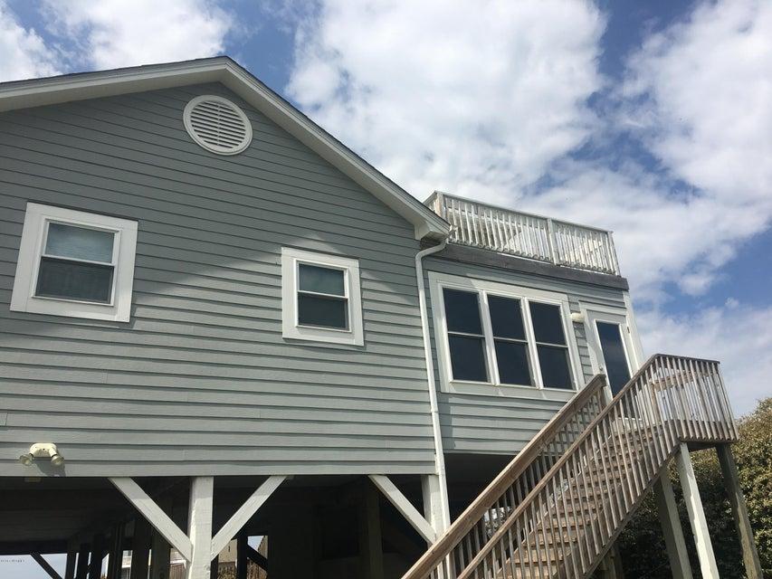 Holden Beach West Real Estate - http://cdn.resize.sparkplatform.com/ncr/1024x768/true/20170330172424026249000000-o.jpg