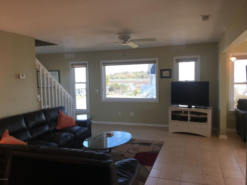 Holden Beach West Real Estate - http://cdn.resize.sparkplatform.com/ncr/1024x768/true/20170330173313148293000000-o.jpg