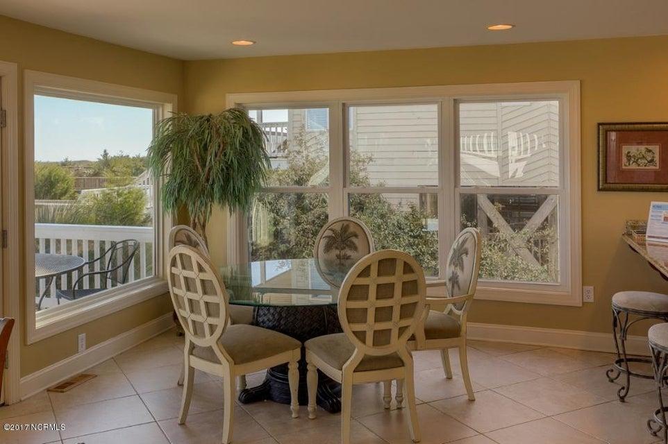 Holden Beach West Real Estate - http://cdn.resize.sparkplatform.com/ncr/1024x768/true/20170330182653901527000000-o.jpg