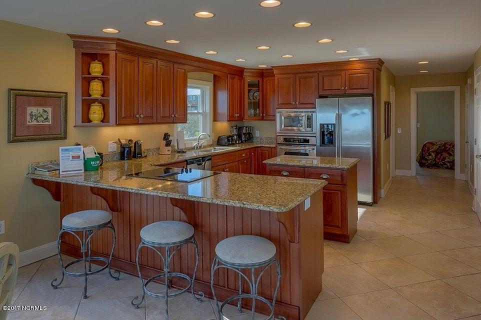 Holden Beach West Real Estate - http://cdn.resize.sparkplatform.com/ncr/1024x768/true/20170330182655724654000000-o.jpg