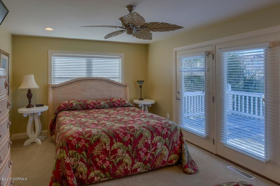 Holden Beach West Real Estate - http://cdn.resize.sparkplatform.com/ncr/1024x768/true/20170330182713104255000000-o.jpg