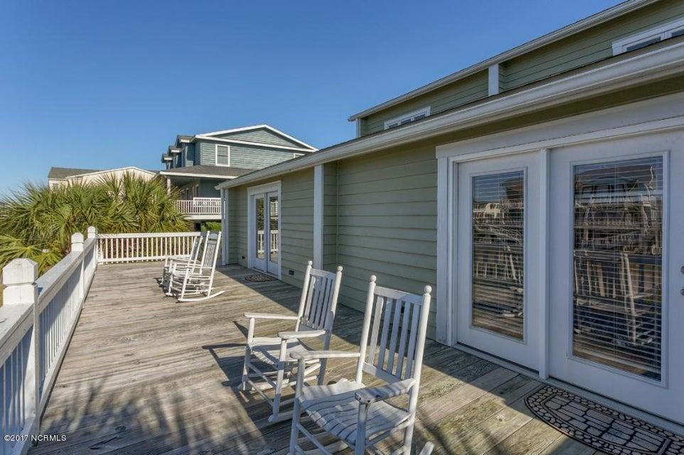 Holden Beach West Real Estate - http://cdn.resize.sparkplatform.com/ncr/1024x768/true/20170330182725352331000000-o.jpg