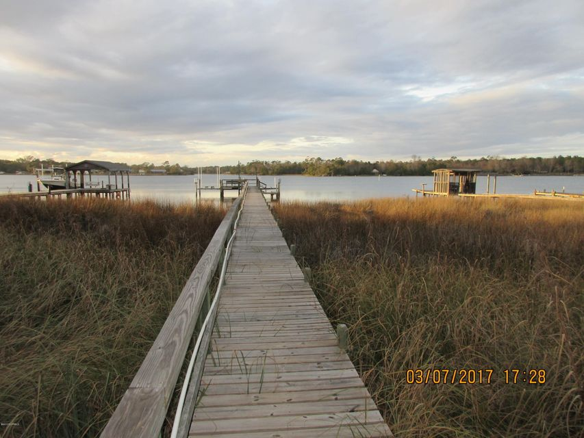 751 Chadwick Shores Drive, Sneads Ferry, NC 28460