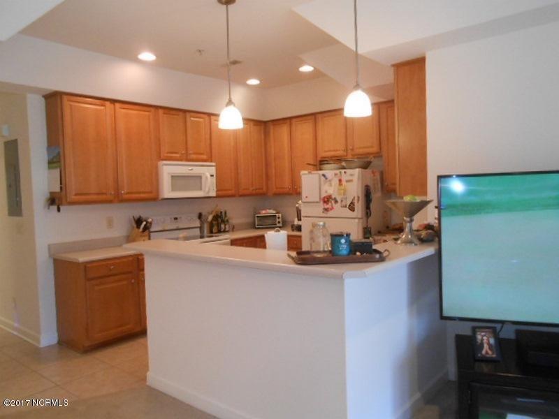 Colony II Real Estate - http://cdn.resize.sparkplatform.com/ncr/1024x768/true/20170403155911610219000000-o.jpg