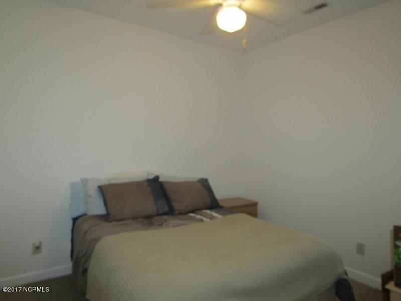Colony II Real Estate - http://cdn.resize.sparkplatform.com/ncr/1024x768/true/20170403160101102311000000-o.jpg