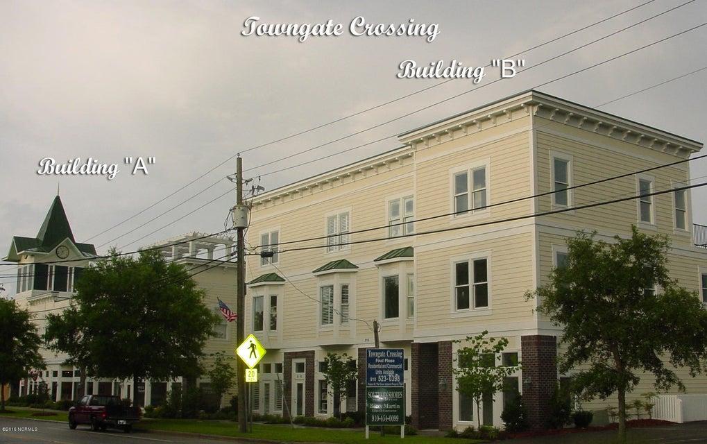 Towngate Crossing Real Estate - http://cdn.resize.sparkplatform.com/ncr/1024x768/true/20170404134359631534000000-o.jpg