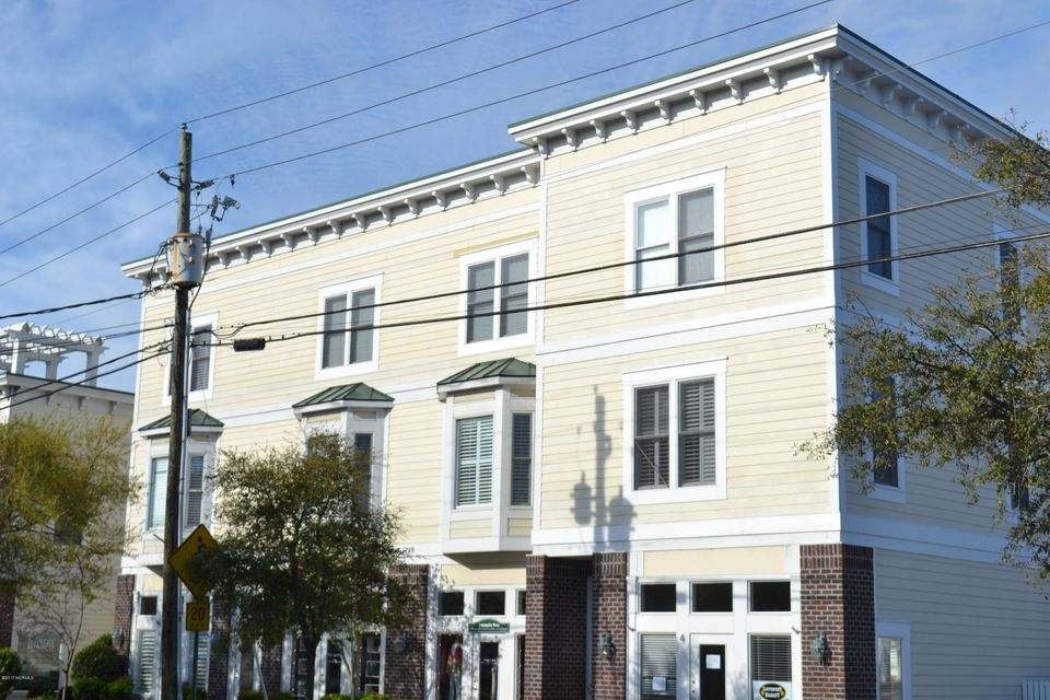 Towngate Crossing Real Estate - http://cdn.resize.sparkplatform.com/ncr/1024x768/true/20170404142107106834000000-o.jpg