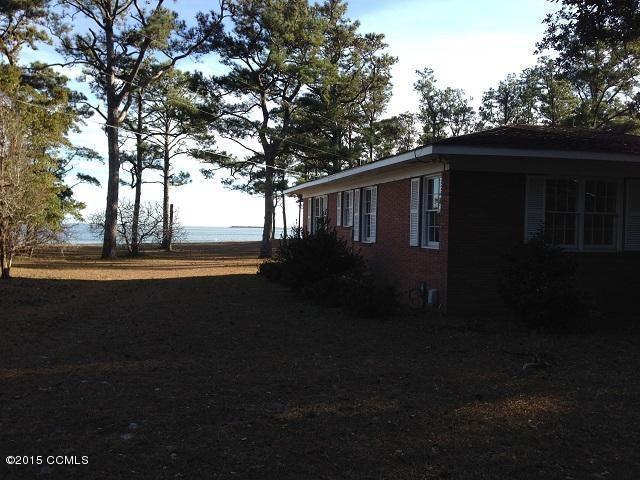 772 Seashore Drive, Atlantic, NC 28511