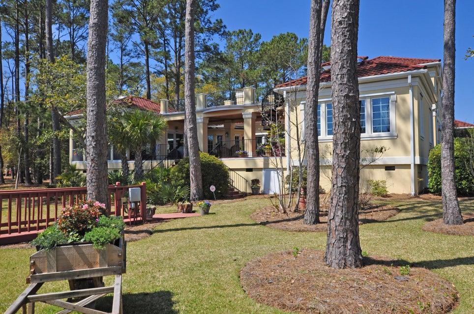 St James Real Estate - http://cdn.resize.sparkplatform.com/ncr/1024x768/true/20170407184356984389000000-o.jpg