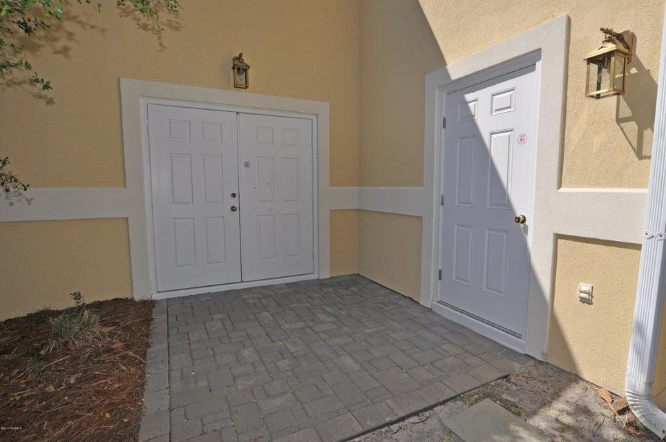 St James Real Estate - http://cdn.resize.sparkplatform.com/ncr/1024x768/true/20170407184429785095000000-o.jpg