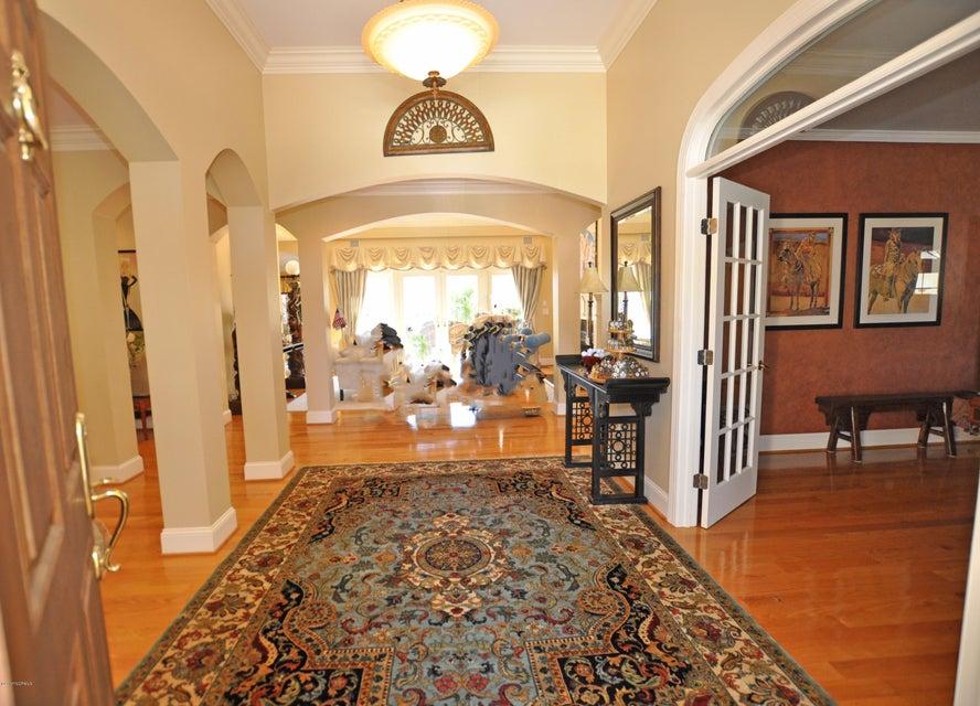 St James Real Estate - http://cdn.resize.sparkplatform.com/ncr/1024x768/true/20170407184533997405000000-o.jpg