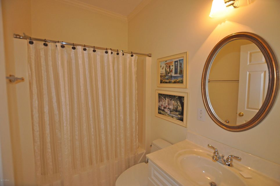 St James Real Estate - http://cdn.resize.sparkplatform.com/ncr/1024x768/true/20170407184615092027000000-o.jpg