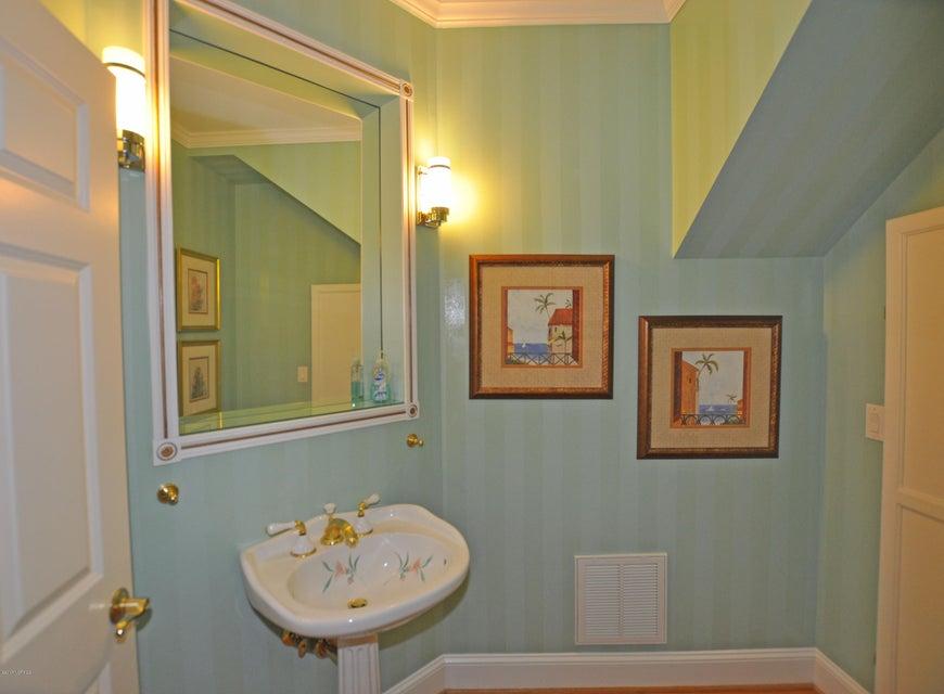 St James Real Estate - http://cdn.resize.sparkplatform.com/ncr/1024x768/true/20170407184640153711000000-o.jpg