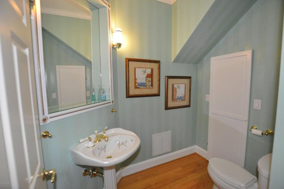 St James Real Estate - http://cdn.resize.sparkplatform.com/ncr/1024x768/true/20170407184642910584000000-o.jpg