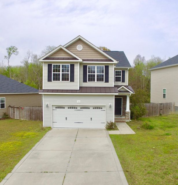 214 Peggy Trace, Sneads Ferry, NC 28460