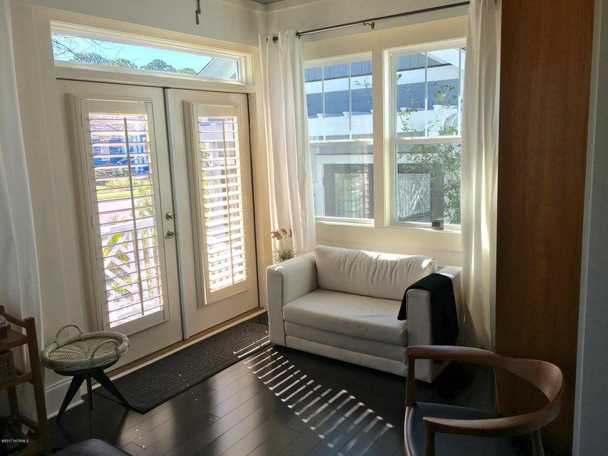 Cades Cove Real Estate - http://cdn.resize.sparkplatform.com/ncr/1024x768/true/20170411145111088621000000-o.jpg