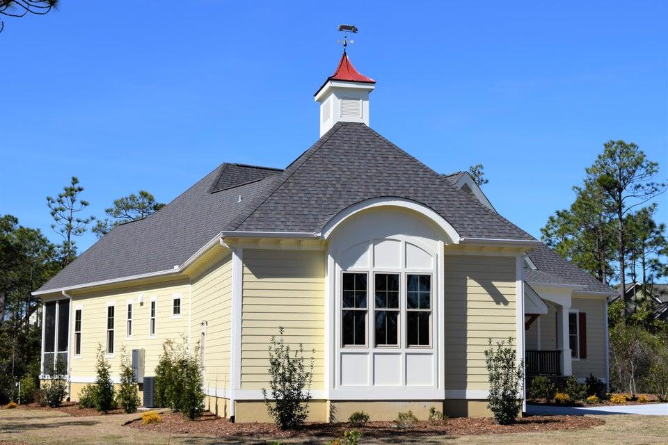 St James Real Estate - http://cdn.resize.sparkplatform.com/ncr/1024x768/true/20170411173635153467000000-o.jpg