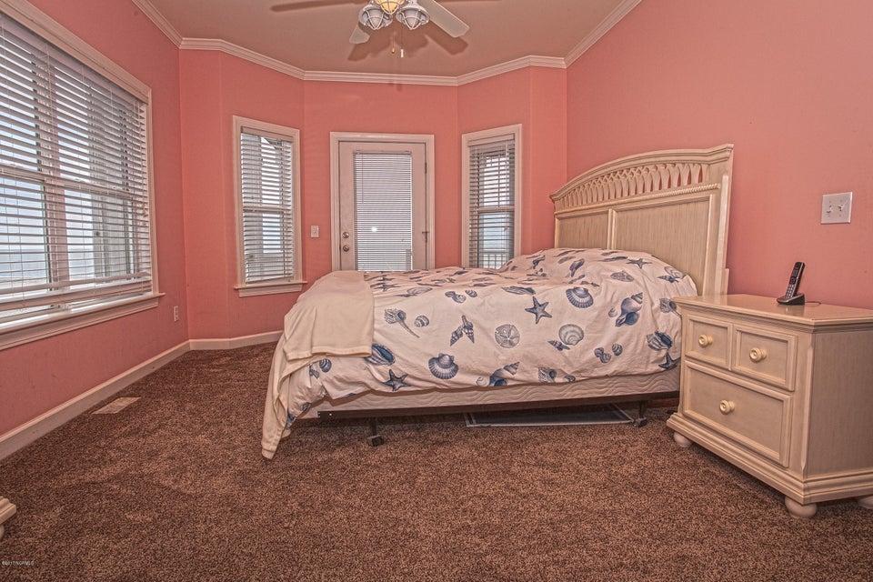 Robinson Beach Real Estate - http://cdn.resize.sparkplatform.com/ncr/1024x768/true/20170411203830124592000000-o.jpg