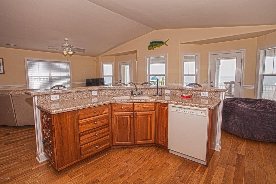 Robinson Beach Real Estate - http://cdn.resize.sparkplatform.com/ncr/1024x768/true/20170411203910790320000000-o.jpg
