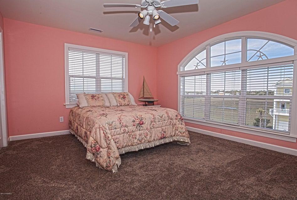 Robinson Beach Real Estate - http://cdn.resize.sparkplatform.com/ncr/1024x768/true/20170411203920753784000000-o.jpg