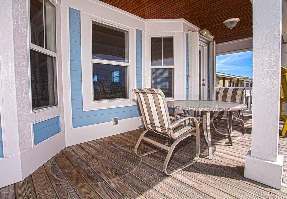 Robinson Beach Real Estate - http://cdn.resize.sparkplatform.com/ncr/1024x768/true/20170411203957367990000000-o.jpg
