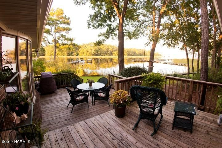 Property for sale at 100 Pelican Circle, Oriental,  NC 28571
